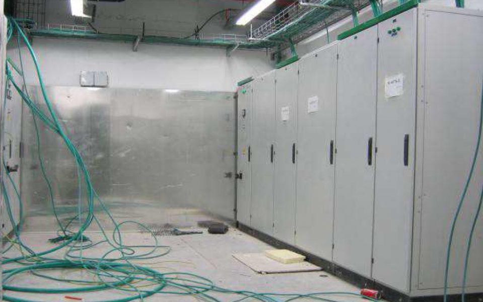 מיגון קרינה , הגנה מפני קרינה בחדר חשמל